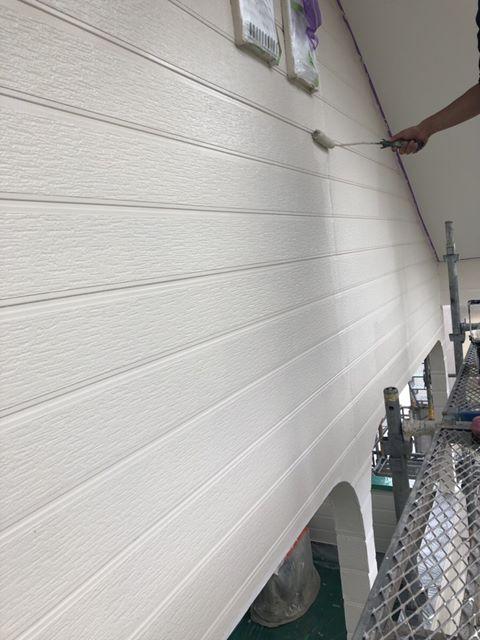 今治 外壁塗装 上塗り